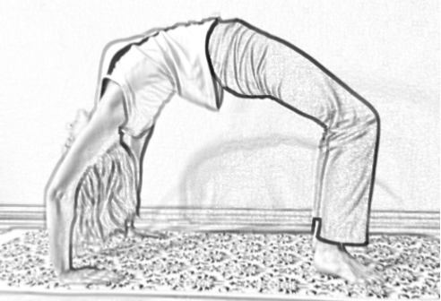 wheel pose for mid-back pain